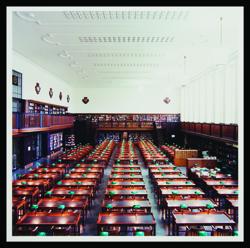 Candida Hofer, Deutsche Bücherei Leipzig IX, 1997, photograph.