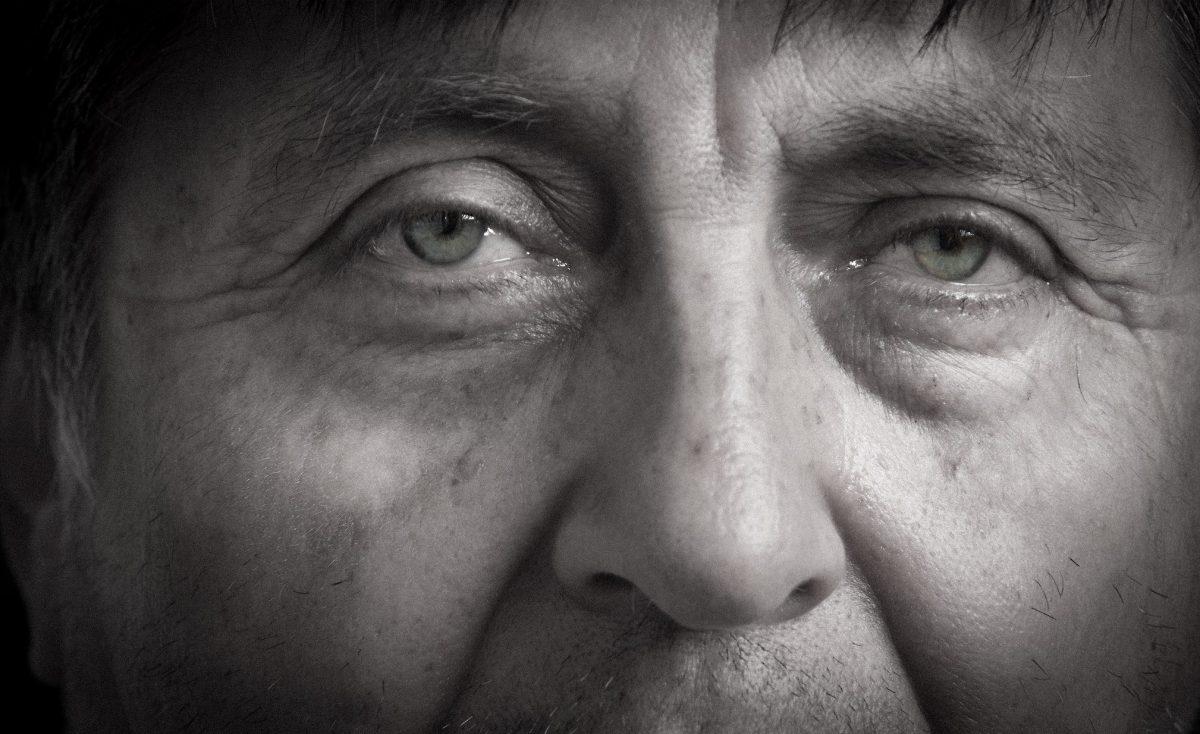 Photo of Alfonso Lazarte by Joe Standart